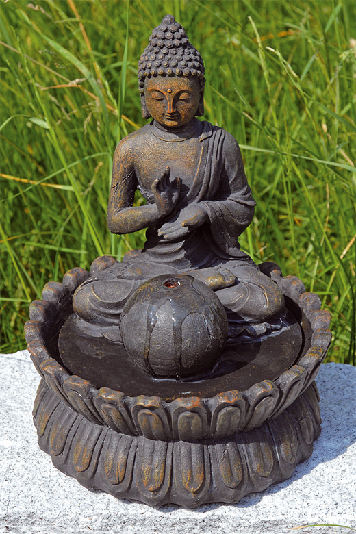 brunnen buddha skulptur statue 26 cm incl wasserpumpe ebay. Black Bedroom Furniture Sets. Home Design Ideas