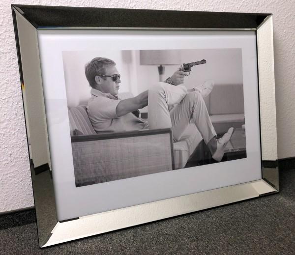 Bild Spiegelrahmen Steve McQueen Pistole Colmore 90x70cm Spiegel Mc Queen Gemälde Wandbild