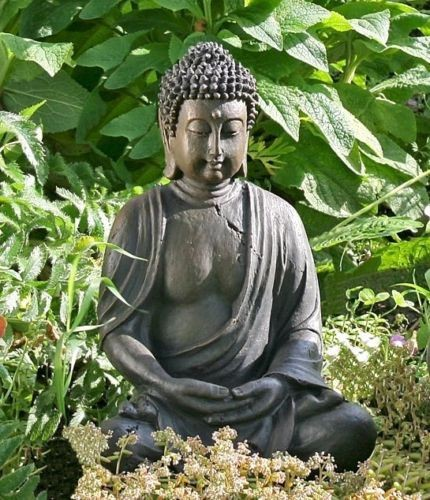 Buddha Modell aus Kunstharz Maßen 41 x 27cm Modell Figur Mönch